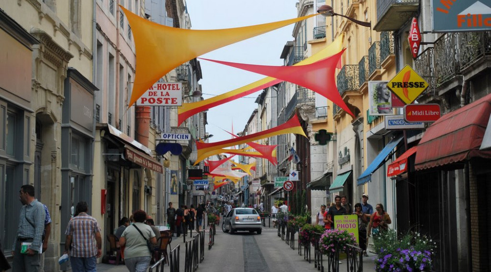 Cité Notre CarcassonneLa Shopping En Et Région htsrQdC