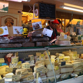 Local cheeses on the weekly farmers market in Carcassonne