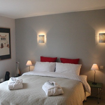 Deluxe room with double bed or twin beds
